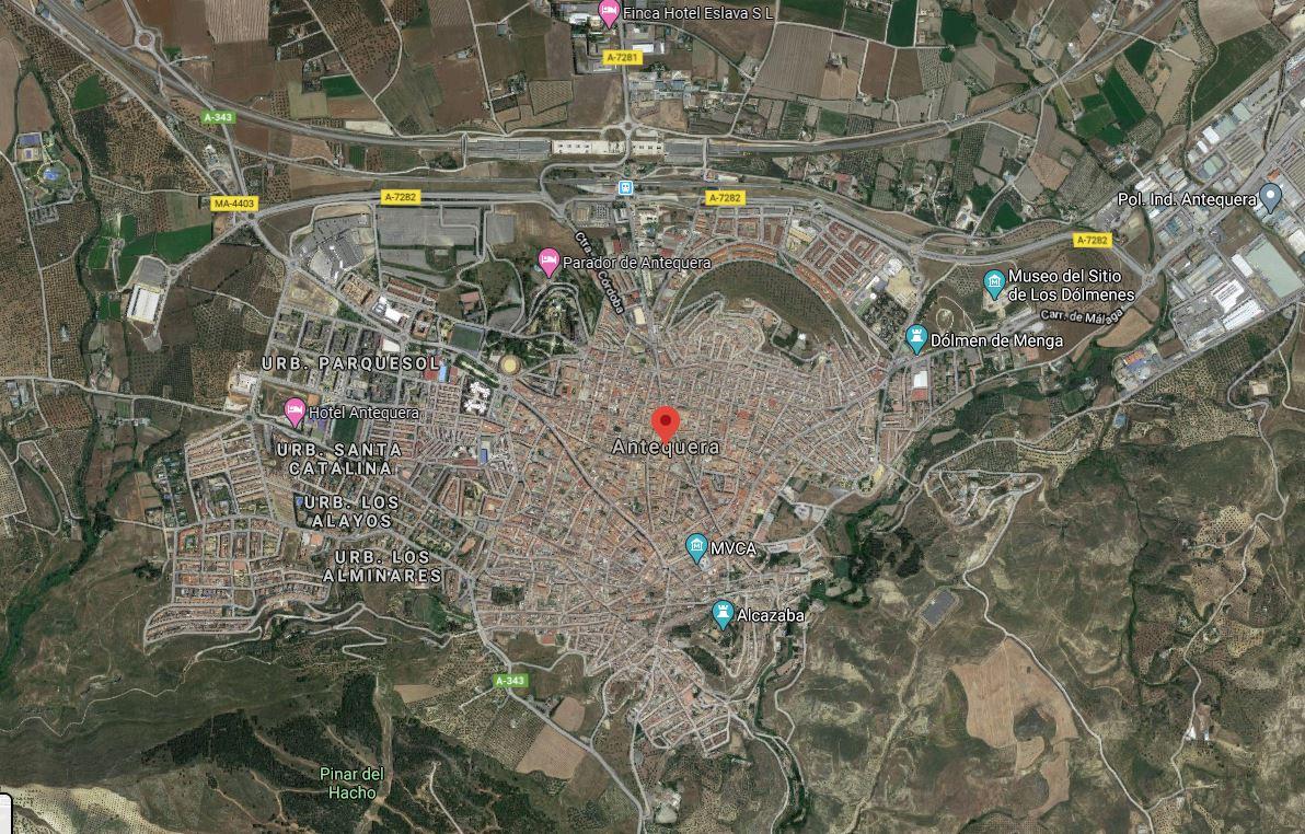 Antequera en la provincia de Málaga. Vista aérea del municipio